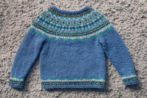 Free knitting pattern! ?Fimma? Icelandic sweater (kids  sizes 4, 6 & 8 ye...